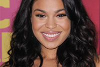 Jordin-sparks-pretty-in-pink-makeup-side